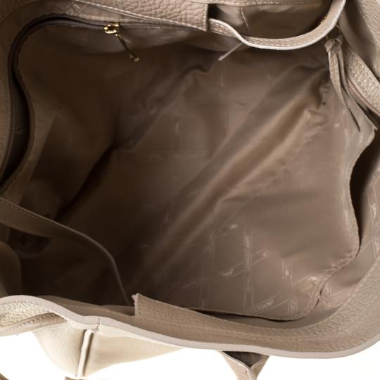 Longchamp Leather Tote in Beige Image 7