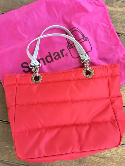 Sundar Tote in Red Image 1