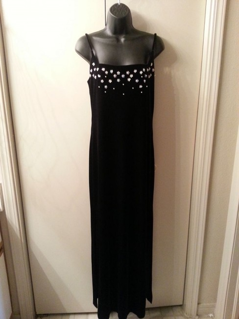 Betsy & Adam Long Spaghetti Strap Sequin And Pearl Embellishe Dress