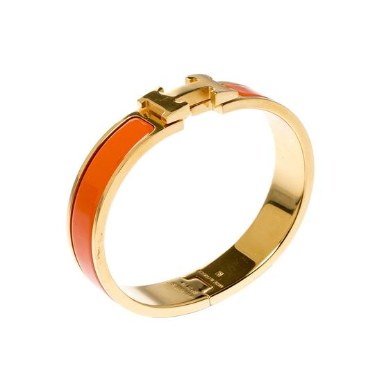 Hermès Clic Clac H Orange Enamel Gold Plated Narrow Bracelet PM Image 3