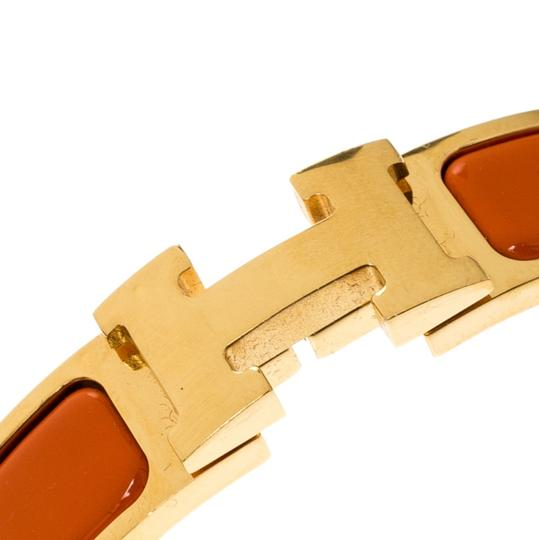 Hermès Clic Clac H Orange Enamel Gold Plated Narrow Bracelet PM Image 5
