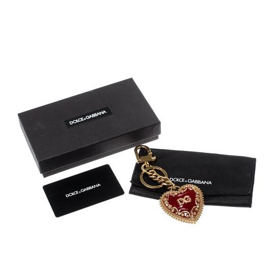 Dolce&Gabbana Red Heart Charm Textured Gold Tone Key Chain Image 5
