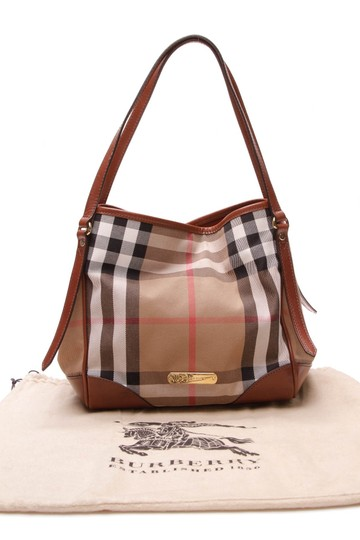 Burberry Tote in Beige Image 11