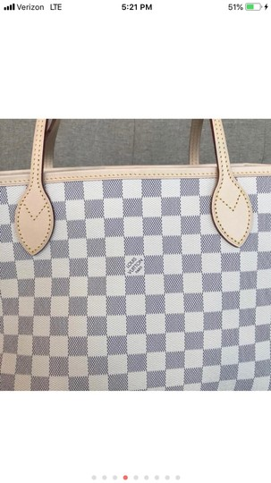 Louis Vuitton Monogram Leather Luxury European Limited Edition Tote in white Image 2