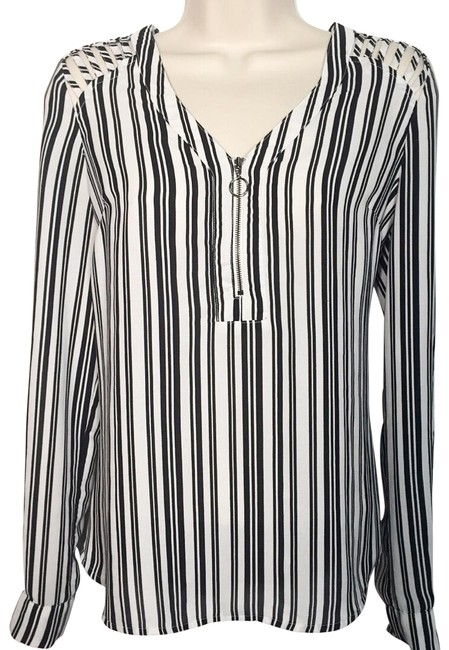 Preload https://img-static.tradesy.com/item/26001742/candie-s-black-and-white-striped-long-sleeve-blouse-size-6-s-0-1-650-650.jpg