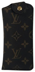 Louis Vuitton Louis Vuitton Monogram Etui Lunettes MM Glasses Case