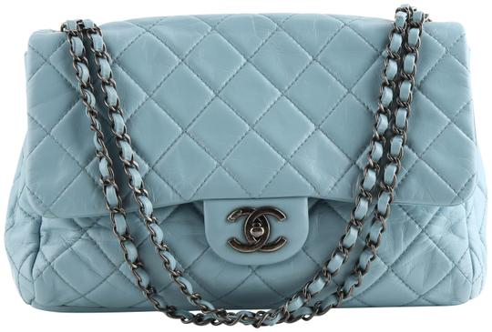 Preload https://img-static.tradesy.com/item/26005282/chanel-double-flap-quilted-jumbo-turquoise-blue-lambskin-leather-shoulder-bag-0-2-540-540.jpg