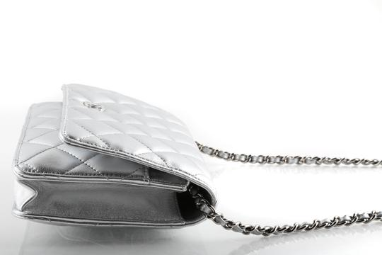 Chanel Cross Body Bag Image 6