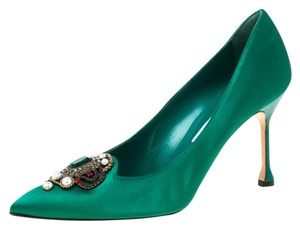Manolo Blahnik Satin Pointed Toe Green Pumps