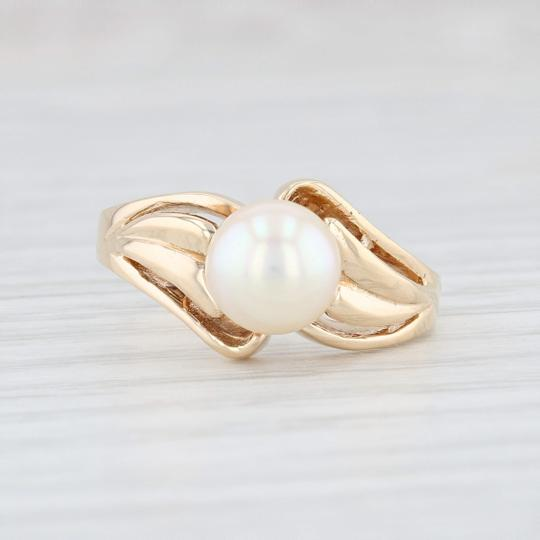 Other Cultured Pearl Solitaire Ring - 14k Size 6.5 Bypass Band Vintage Image 1