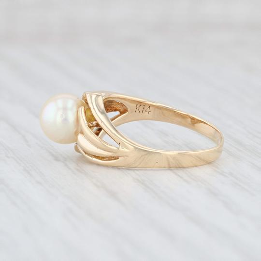 Other Cultured Pearl Solitaire Ring - 14k Size 6.5 Bypass Band Vintage Image 2