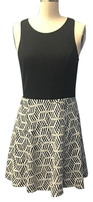 Preload https://img-static.tradesy.com/item/26007429/aqua-black-and-white-with-sequence-short-casual-dress-size-12-l-0-3-650-650.jpg