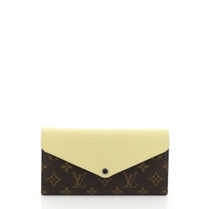 Louis Vuitton Marie-lou Wallet Wristlet in brown