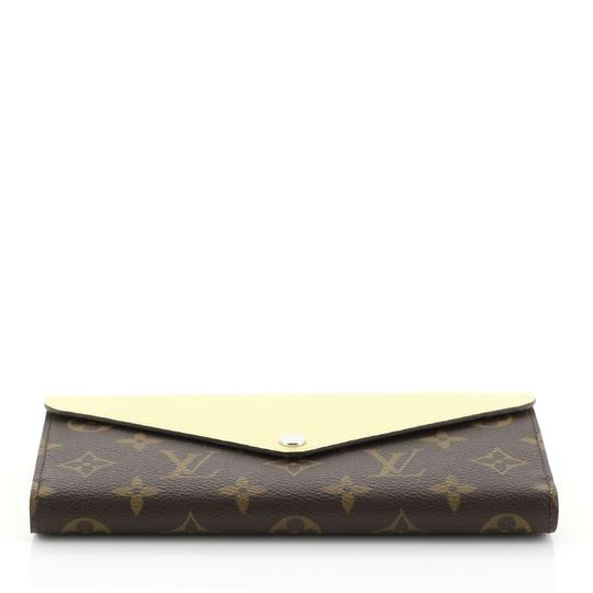 Louis Vuitton Marie-lou Wallet Wristlet in brown Image 3
