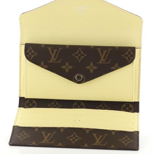 Louis Vuitton Marie-lou Wallet Wristlet in brown Image 4