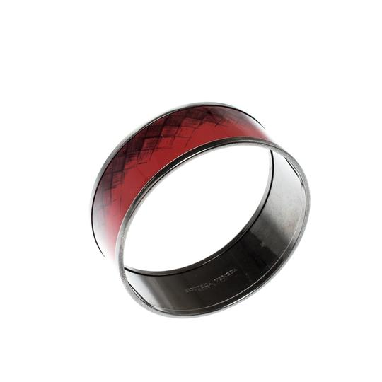 Bottega Veneta Bottega Veneta Red Enamel Gunmetal Tone Wide Bangle Bracelet M Image 4