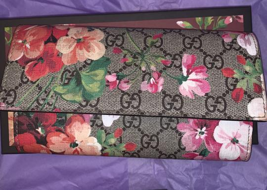 Gucci Gucci Bloom Long Wallet Image 1