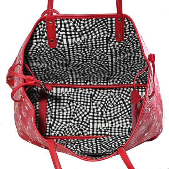MCM Tote in Red And White Image 7