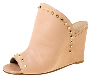 Stuart Weitzman Leather Peep Toe Beige Sandals