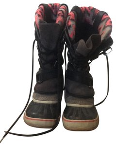 Sorel grey, with a huge pink chevron patter here and there Boots