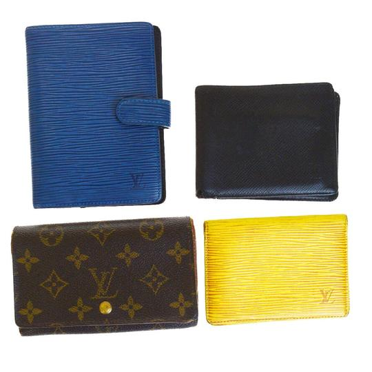 Preload https://img-static.tradesy.com/item/26008752/louis-vuitton-brown-yellow-black-blue-4-pile-card-case-agenda-monogram-wallet-0-0-540-540.jpg