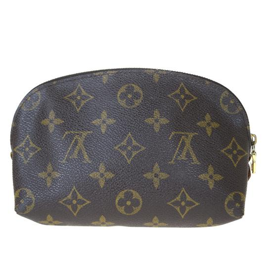 Preload https://img-static.tradesy.com/item/26008867/louis-vuitton-brown-pouch-monogram-leather-spain-cosmetic-bag-0-0-540-540.jpg