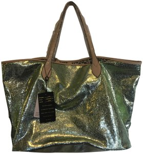 sorial Tote in green