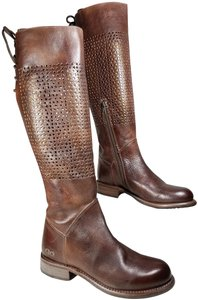 Bed|Stü Tan Rustic Boots