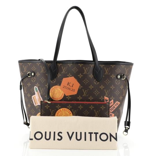 Louis Vuitton Canvas Tote in brown Image 1
