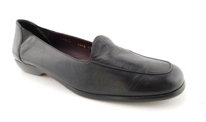 Cole Haan Slip On Round Toe Aaa Comfy Black Flats