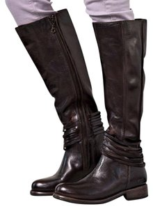 Bed|Stü Boots