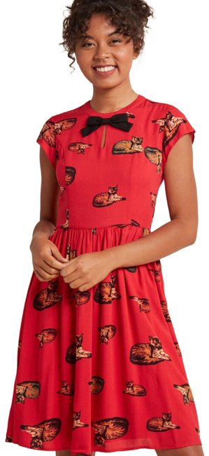 Preload https://img-static.tradesy.com/item/26011235/modcloth-red-bow-front-crimson-cat-a-line-short-casual-dress-size-0-xs-0-3-650-650.jpg