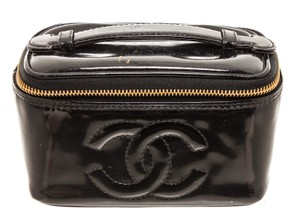 Chanel Chanel Black Patent Leather CC Vanity Case