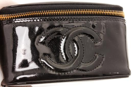 Chanel Chanel Black Patent Leather CC Vanity Case Image 4