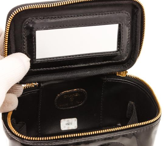 Chanel Chanel Black Patent Leather CC Vanity Case Image 6