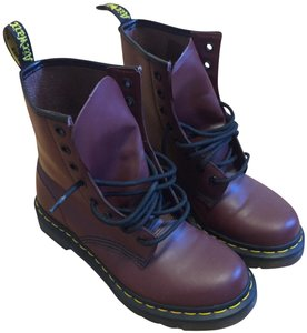 Dr. Martens Airwalk Leather 1460 Cherry Boots
