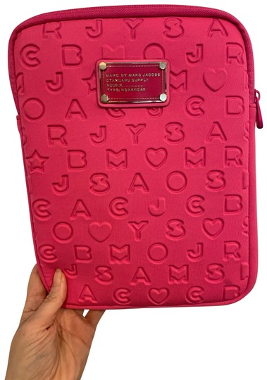 Preload https://img-static.tradesy.com/item/26014810/marc-by-marc-jacobs-pink-case-tech-accessory-0-2-540-540.jpg