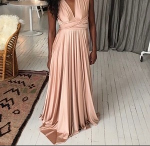 Twobirds Rose Water Pearl / Rose Gold Jersey Multi-way A Fits 0-12 Formal Bridesmaid/Mob Dress Size OS (one size)
