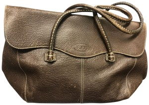 Tod's Satchel in Rich Brown color with top stitching