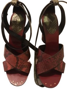 Gucci burgundy /green Sandals