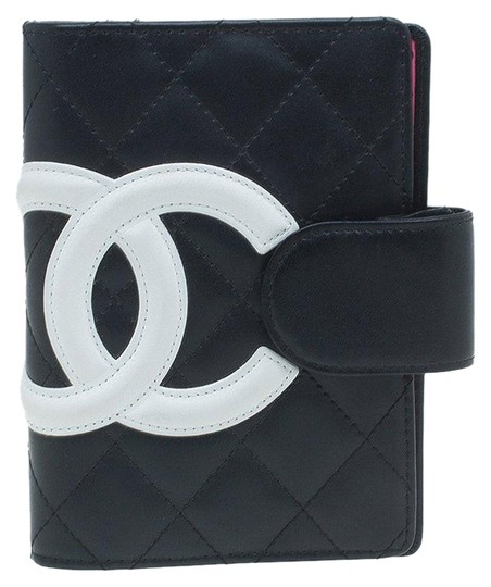 Preload https://item5.tradesy.com/images/chanel-black-cambon-quilited-agenda-with-white-cc-tech-accessory-26017334-0-2.jpg?width=440&height=440