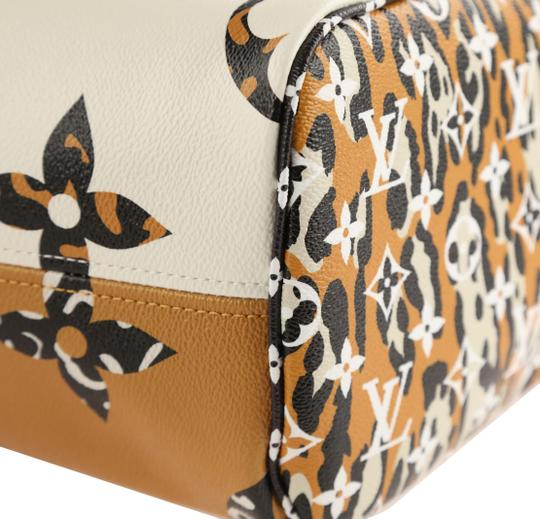 Louis Vuitton Mm Neverfull Jungle Tote in Multi Image 4