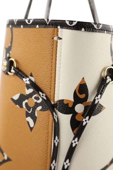 Louis Vuitton Mm Neverfull Jungle Tote in Multi Image 5