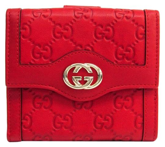 Preload https://img-static.tradesy.com/item/26017898/gucci-gold-red-guccissima-190337-unisex-gg-leather-tri-fold-wallet-0-2-540-540.jpg