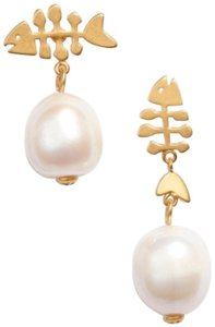 Tory Burch New Tory Burch Mismatched Fish Earrings Cultured Pearl and Gold