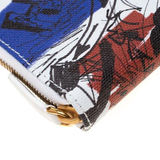 Burberry White Doodle print Coated Canvas Zip Around Wallet Image 5