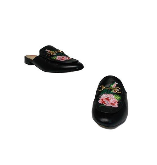 Preload https://img-static.tradesy.com/item/26019006/gucci-black-princetown-bloom-floral-mulesslides-size-eu-38-approx-us-8-regular-m-b-0-0-540-540.jpg