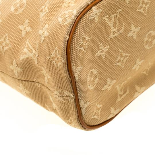 Louis Vuitton Leather Canvas Monogram Tote in Beige Image 7