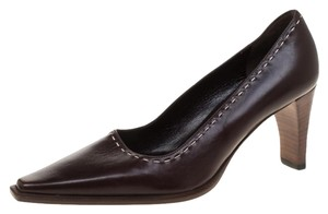 Gucci Leather Pointed Toe Brown Pumps