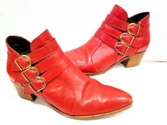 Modern Vice Buckle Pointy Toe Leather Chloe Red Boots Image 3